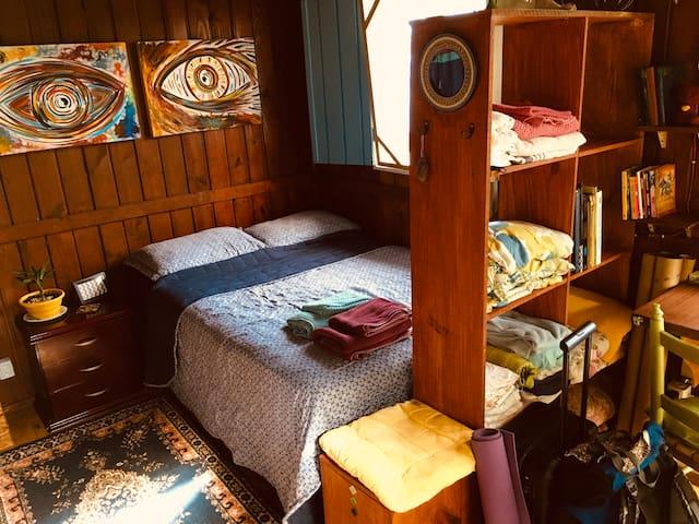 você vai encontrar o quarto mais ou menos assim no seu check-in ^^