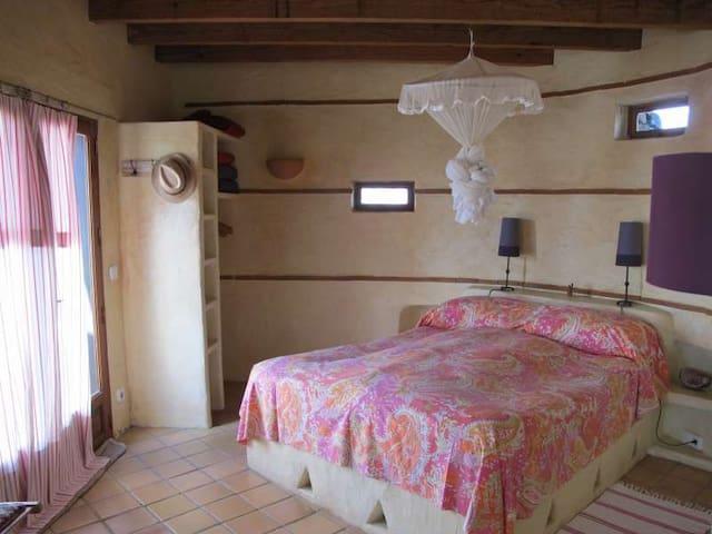 Villa HANZOO in Teguise for 2 perso - Teguise - วิลล่า