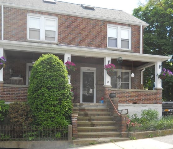 Walking distance to West Point!