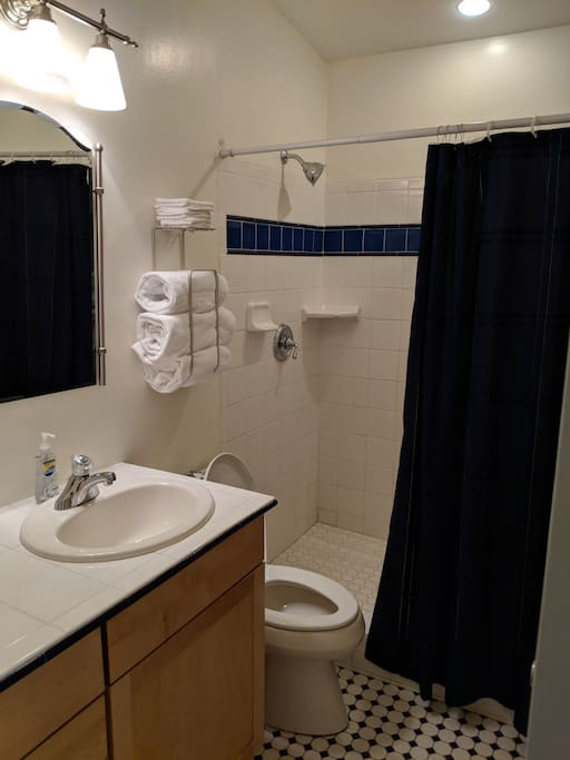Private guest bath always fresh clean towels.