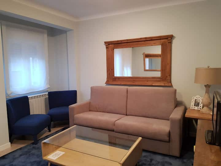 Bright and open apartment for 5 - Salamanca MAD