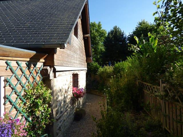 Maison avec jardin proche Honfleur - Fourneville - Huis