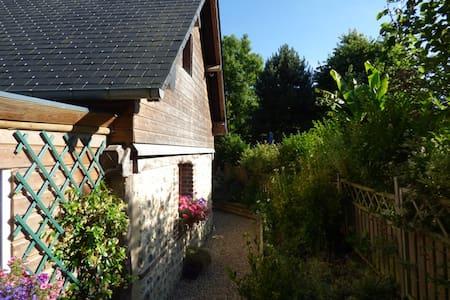 Maison avec jardin proche Honfleur - Fourneville - Hus