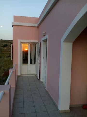 Sunny Room - Ermoupoli - House