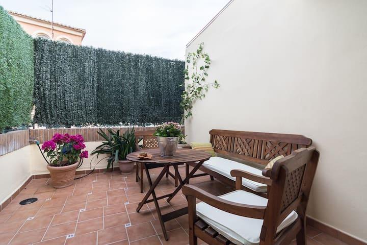Terraza privada para disfrutar el buen clima de Malaga