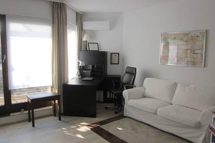 Nice Luxurious Room, Downtown, Like a Hotel! 5star - Bad Homburg vor der Höhe - Pis