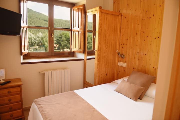 101 · Habitación individual con baño privado 1