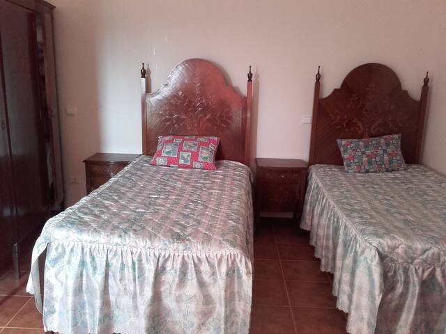 DONANA, MILHAZES - Barcelos - House