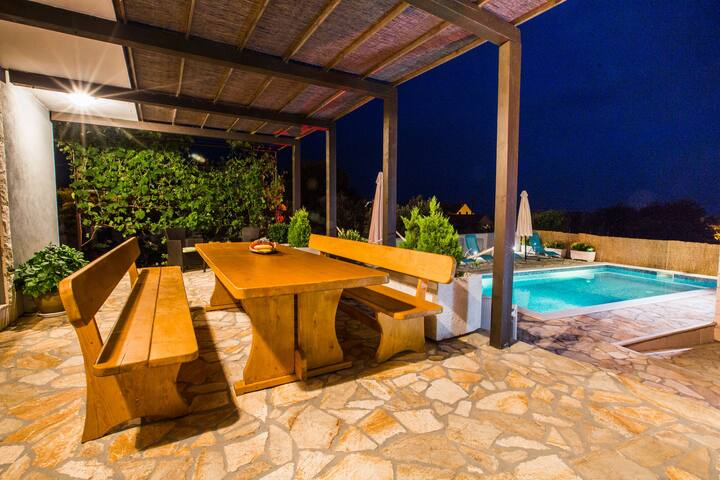 Four bedroom House, in Kanica, Outdoor pool