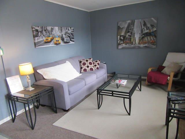 Victoria Apartment-Tweed, Ontario