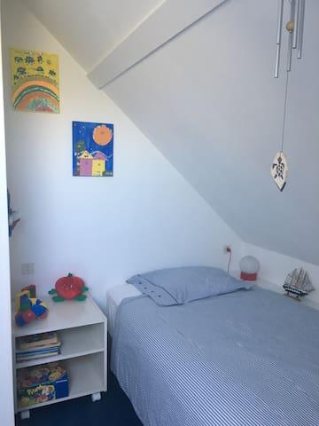 chambre 3 , lit 100X200