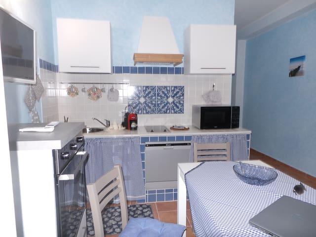 Home Sardinia:  La Brezza Marina Guest house