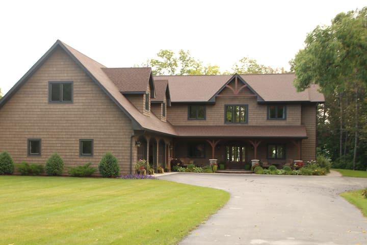 THE LAKE PLACE: private house, 2-24 - Bemidji - Casa