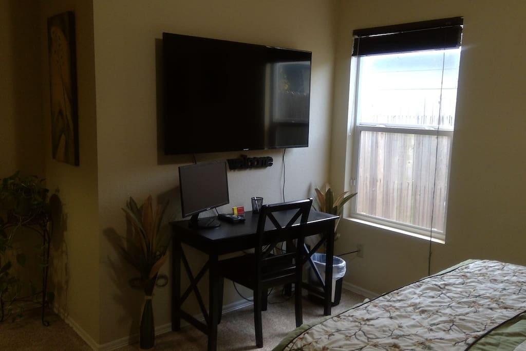 Your Private 55in 4K Wall Mounted TV w/Cable & Computer Monitor