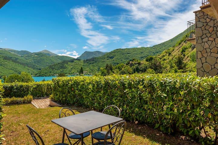 Wunderschönes Ferienhaus in Scanno mit Garten