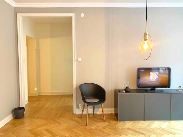 Minimalistic luxury apartment central Södermalm