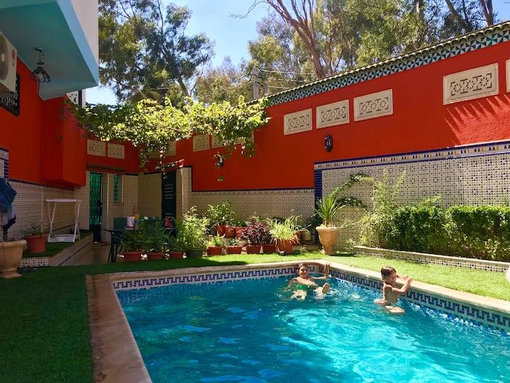 Superbe Villa,piscine tout confort a Alger,Algiers