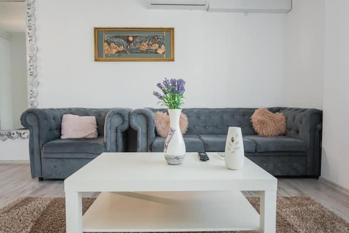 Rania Apartments