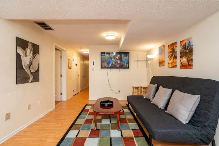 Walk-Up Basement 3 Bedroom Suite for Group