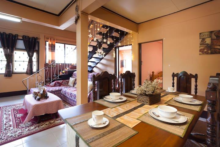 Thai-style villa|An oasis of serenity amid chaos