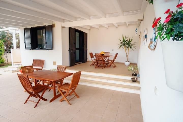 Villa Glicine al mare