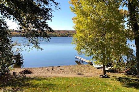 Blackstrap Lake Relaxing Getaway