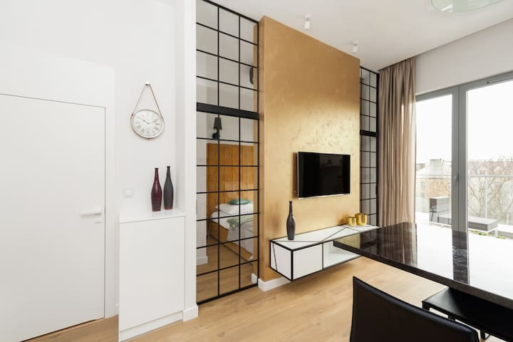 Lofts Cracow - Apartment Gold