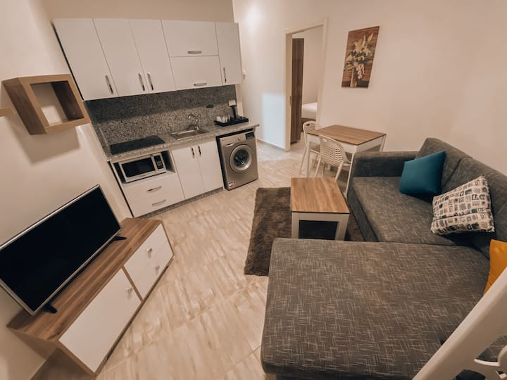 2 bedroom apartment in Aqua Palms Resort