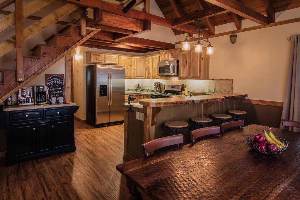 Fully stocked kitchen with appliances, espresso machine, and spices!