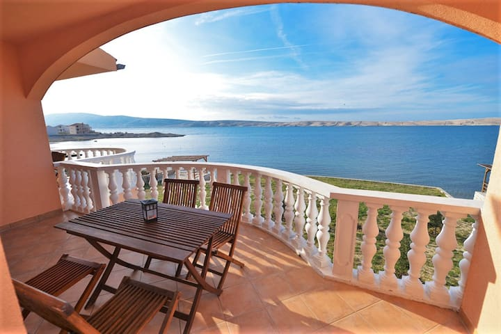 Magnificent flat on Croatian coast - Vidalići