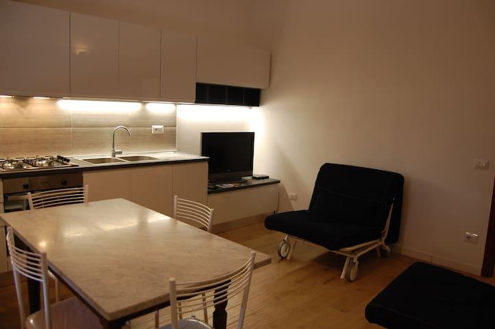 Appartamento Cala del Riccio 200 mt dal mare