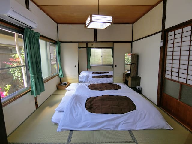 Private Quadruple Room, Share Bath Room, NoSmoking