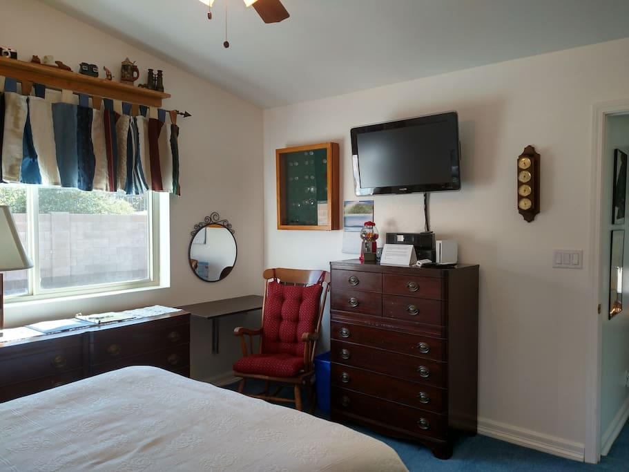 Queen Size Comfort and Privacy, desk up and mirror