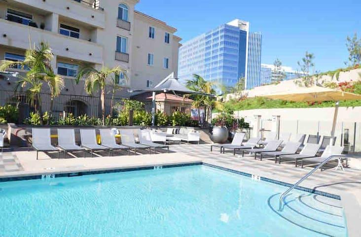 La Jolla Resort MASTER Suite