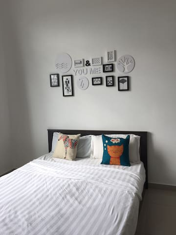 ROOM 1 KLIA/KLIA2,short drive to Gold Coast Sepang - Sungai Pelek  - Casa