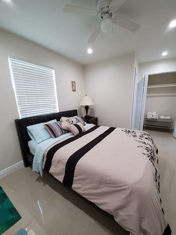 Private personal room for two in centric area