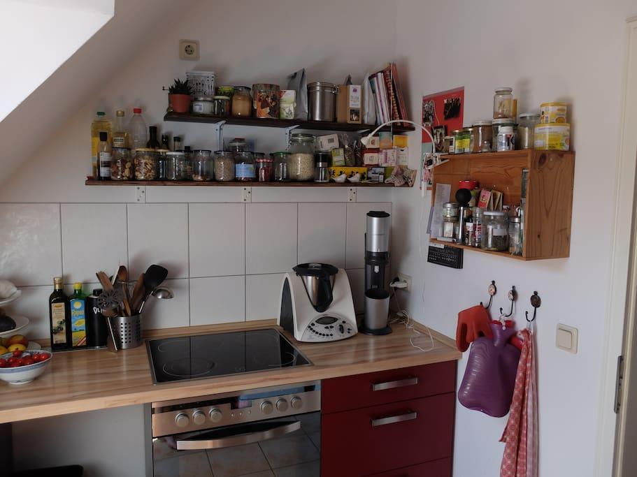 ruhige sonnige dachgeschosswohnung friedrichshain wohnungen zur miete in berlin berlin. Black Bedroom Furniture Sets. Home Design Ideas