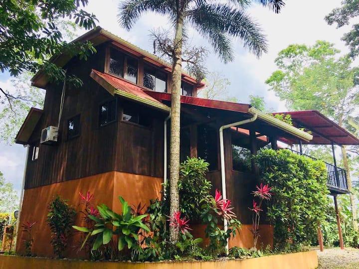 Casa Colibrí La Fortuna