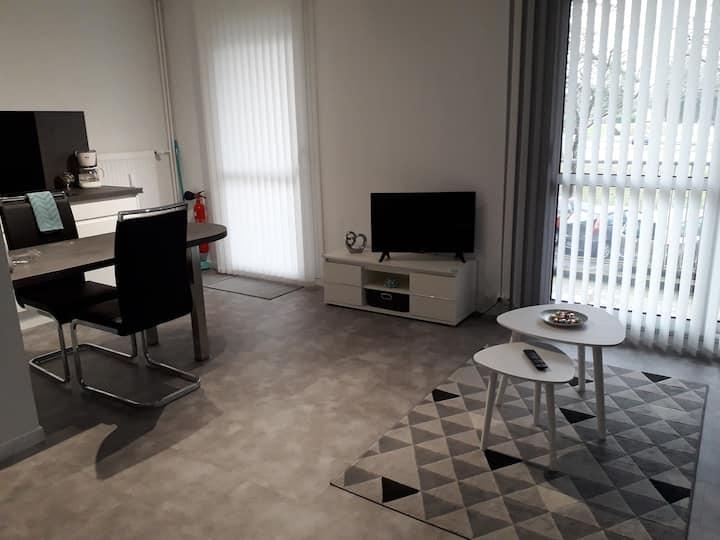 Location Grand studio avec balcon aménagé