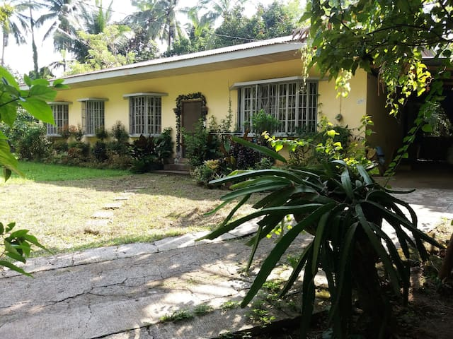 Farmhouse 3BR 2TB for 5 pax, Tagaytay climate