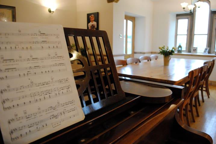 Baby-grand piano