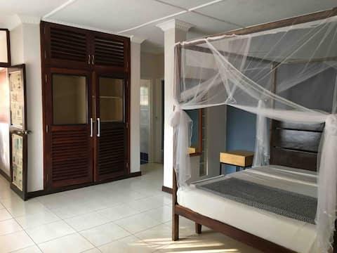 Alimaunde Court - Apartment unit