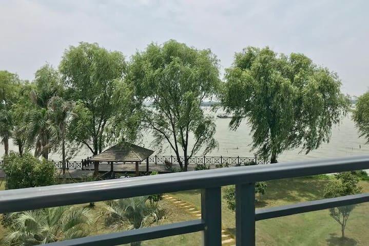 中国第一水乡江南周庄古镇home特色湖景房
