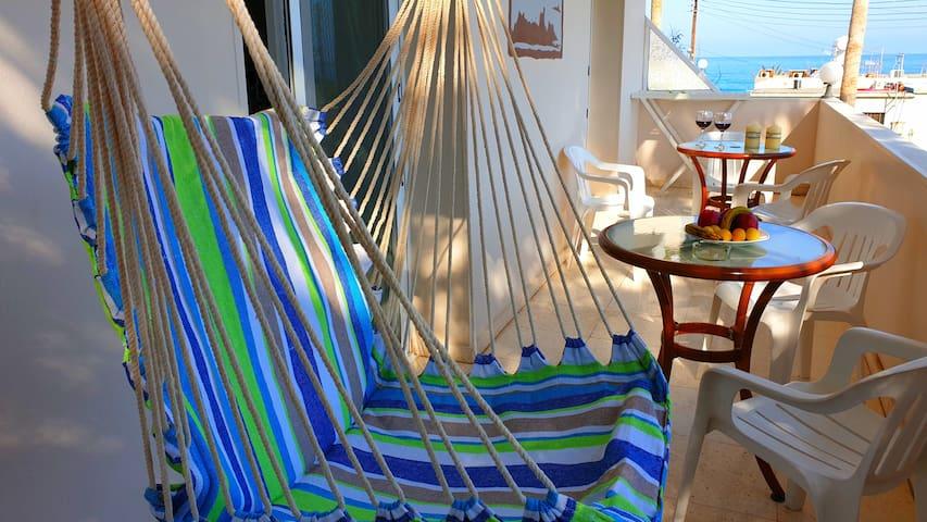 Spacious Two Bedrooms Apt near Sea,  Kitchen, A/C