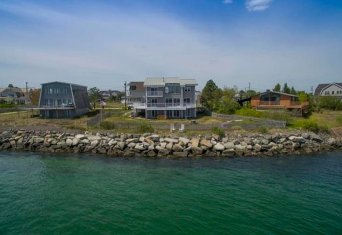 Large Waterfront Home (NOW TAKING SUMMER RENTALS) - Scarborough - Maison