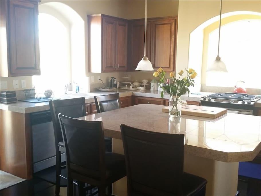 L v beautiful southwest 4 bedroom house houses for rent for Southwest furniture las vegas nv