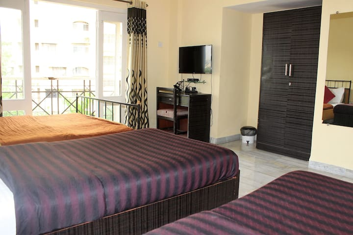 Luxurious Deluxe Room in CBD Belapur