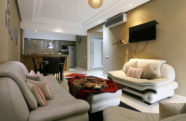 Modern and luxurious spacious 2-bedroom apartment - Marrakesh - Apartment