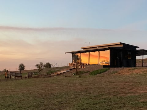 Belisi Luxury Farmstay. Only 15 mins from CBD!