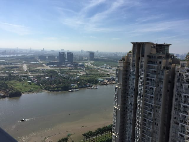 Vinhomes- Beautiful view in high floor Apartment